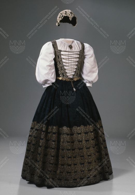 GALA ATTIRE ONCE BELONGING TO CATHERINE OF BRANDENBURG