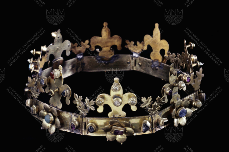 CROWN FROM MARGARET ISLAND