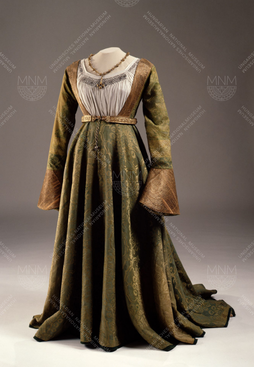 ATTIRE ASSOCIATED WITH MARY OF AUSTRIA, QUEEN CONSORT OF HUNGARY